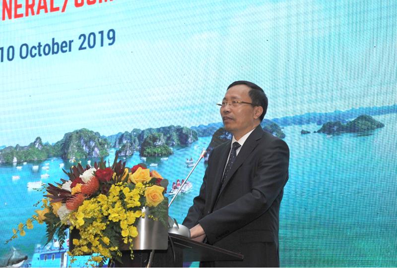 Tổng cục trưởng Tổng cục Hải quan Nguyễn Văn Cẩn phát biểu tại hội nghị.
