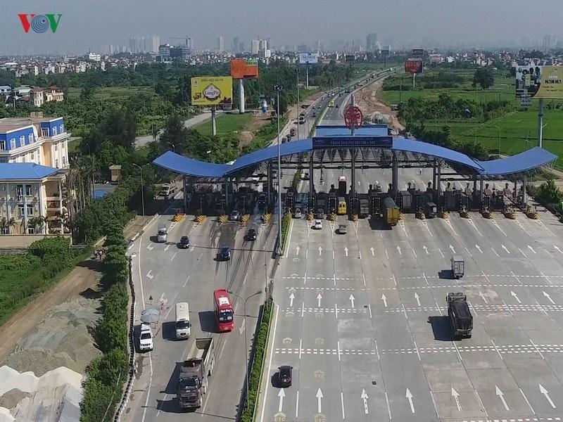 Tổng cục Đường bộ Việt Nam khẳng định, nhà đầu tư VETC vẫn phải thực hiện hợp đồng đã ký kết, không có chuyện xin trả lại dự án.