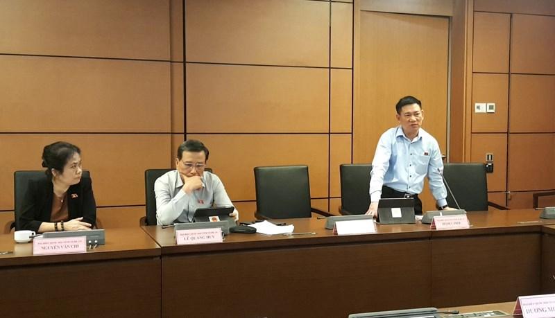 Tổng Kiểm toán Nhà nước Hồ Đức Phớc phát biểu tại phiên thảo luận tổ sáng 11/11.