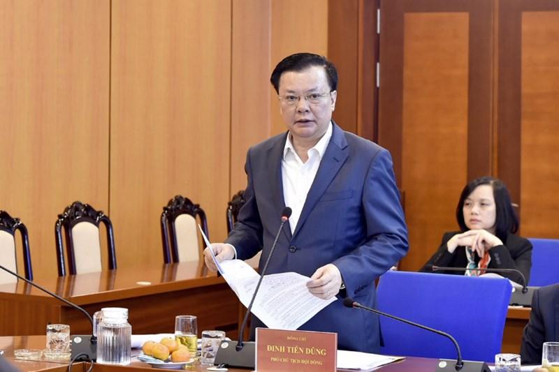 Bộ trưởng Đinh Tiến Dũng phát biểu tại phiên họp.