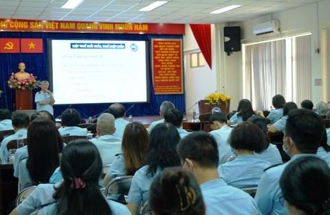 Toàn cảnh buổi tập huấn Nghị định số 18/2021/NĐ-CP cho cán bộ công chức chuyên trách Cục Hải quan TP. Hồ Chí Minh.