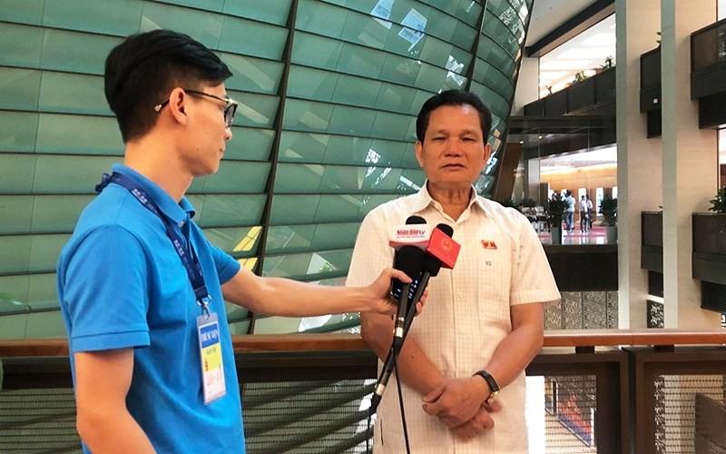Phó Chủ nhiệm Thường trực Ủy ban về các vấn đề xã hội Bùi Sỹ Lợi trả lời phỏng vấn Báo Nhân Dân điện tử.