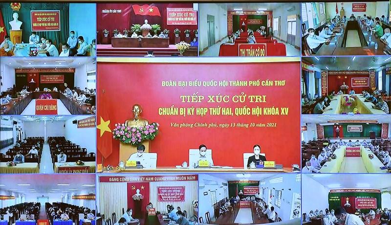 Cuộc tiếp xúc cử tri được tổ chức theo hình thức trực tuyến bảo đảm công tác phòng, chống dịch.Nguồn: chinhphu.vn