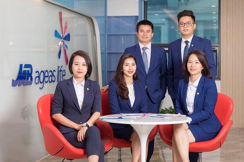 Số lượng của đội ngũ tư vấn viên củaMB Ageas Life không ngừng tăng lên theo thời gian, đạt số lượng gần 1.700 tư vấn viên tính đến hết 06 tháng đầu năm 2019.