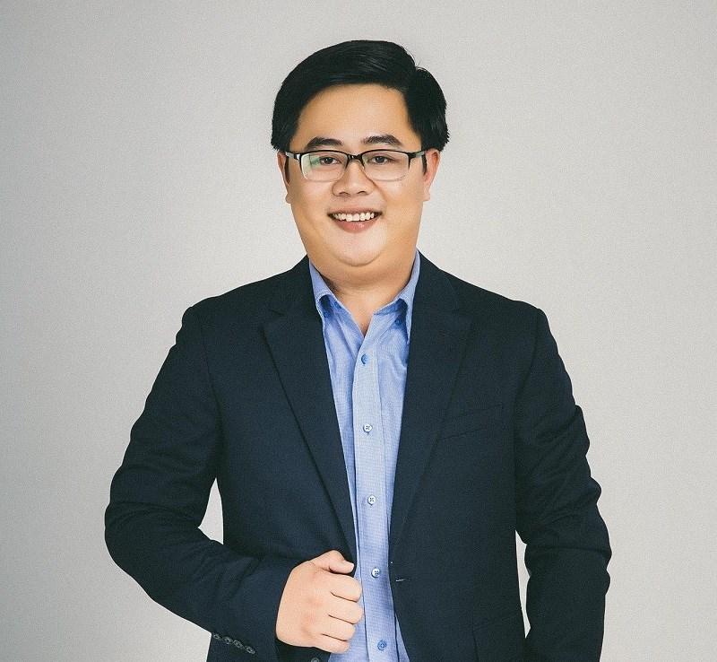 Co-founder và COO của Riviu Đặng Nhất Duy.