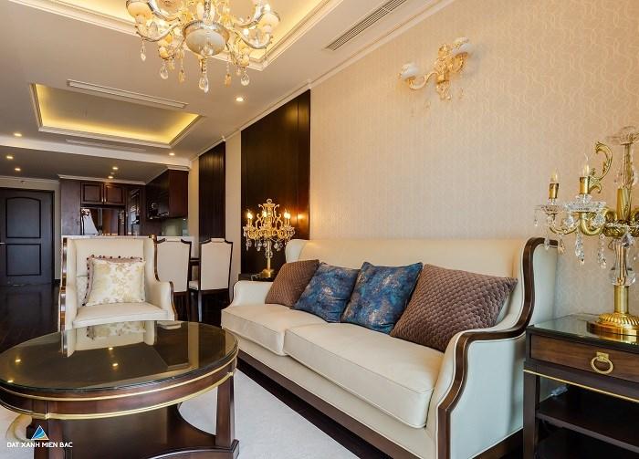 100% căn hộ được bàn giao đầy đủ nội thất cao cấp, sang trọng.