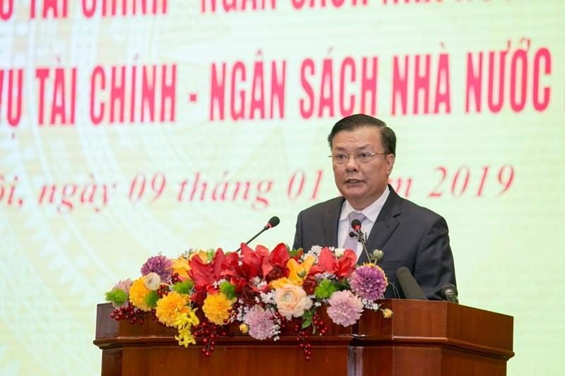 Bộ trưởng Bộ Tài chính Đinh Tiến Dũng báo cáo tình hình thực hiện nhiệm vụ tài chính – ngân sách năm 2018, triển khai nhiệm vụ năm 2019.