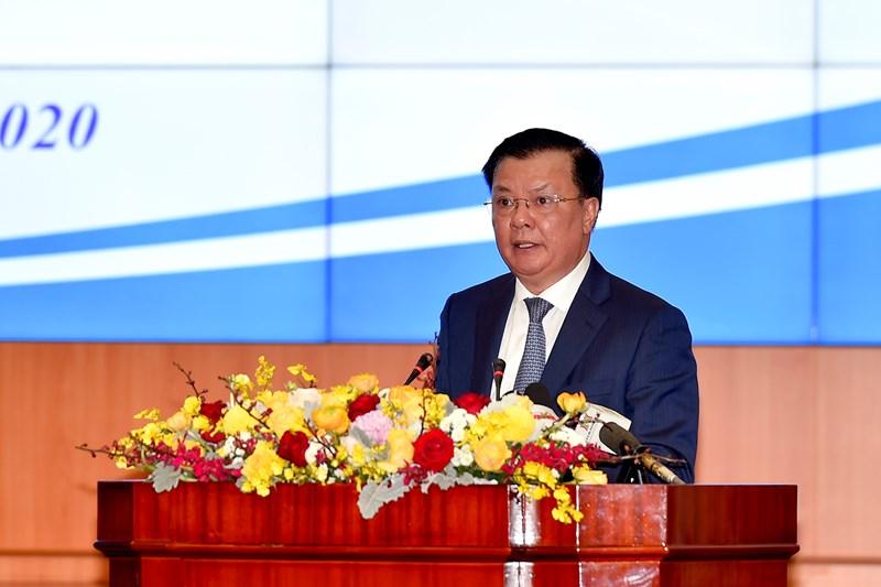 Bộ trưởng Bộ Tài chính Đinh Tiến Dũng phát biểu tại Hội nghị.