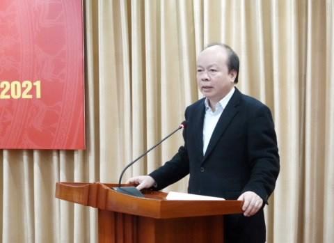 Thứ trưởng Bộ Tài chính Huỳnh Quang Hải phát biểu chỉ đạo tại Hội nghị.
