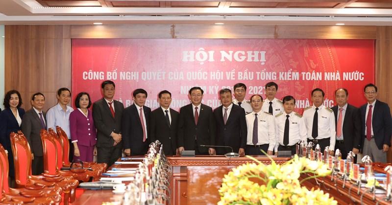 Các đại biểu chụp ảnh lưu niệm.Ảnh: www.sav.gov.vn