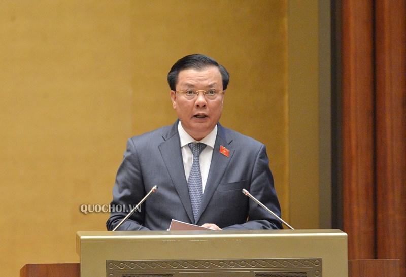 Bộ trưởng Bộ Tài chính Đinh Tiến Dũng cho biết, việc tiếp tục miễn thuế SDĐNN sẽ không làm giảm thu ngân sách nhà nước. Nguồn: QH