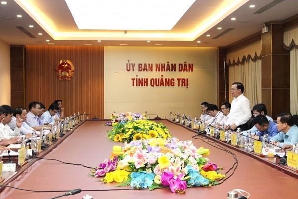 Quang cảnh buổi làm việc của Bộ trưởng Đinh Tiến Dũng với UBND tỉnh Quảng Trị.