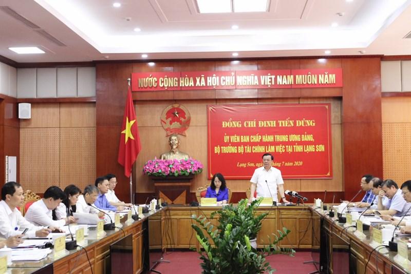 Bộ trưởng Đinh Tiến Dũng phát biểu tại buổi làm việc với tỉnh Lạng Sơn. Ảnh: T.T