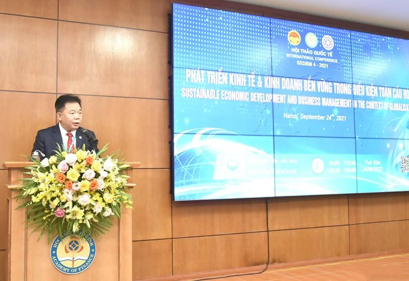 PGS.,TS. Nguyễn Trọng Cơ - Giám đốc Học viện Tài chính phát biểu khai mạc hội thảo.