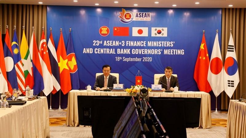 Bộ trưởng Bộ Tài chính Đinh Tiến Dũng và Thống đốc Ngân hàng Nhà nước Việt Nam Lê Minh Hưng tại Hội nghị.