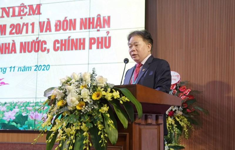 PGS.,TS. Nguyễn Trọng Cơ, Giám đốc Học viện Tài chính phát biểu tại buổi lễ.