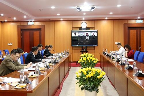 Cuộc họp trực truyến với Tổ chức xếp hạng tín nhiệm Moody's dưới sự chủ trì của Thứ trưởng Bộ Tài chính Trần Xuân Hà. Ảnh: Đức Minh