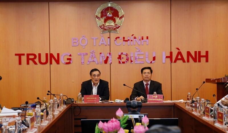 Thứ trưởng Bộ Tài chính Trần Xuân Hà chủ trì hội nghị với các bộ, ngành.