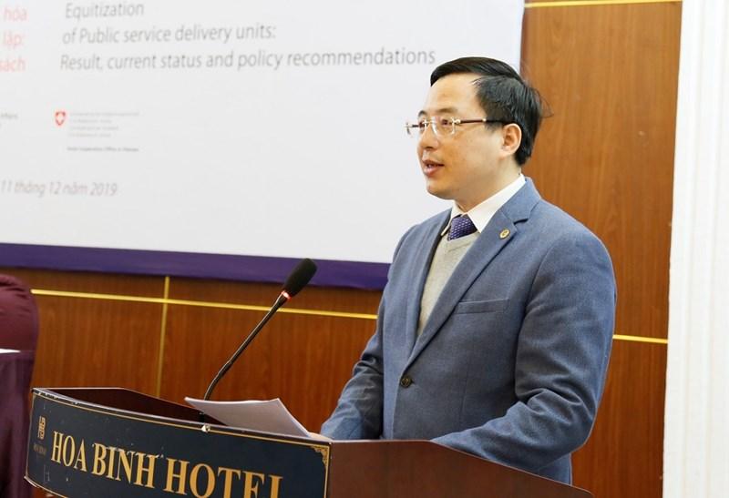 Ông Đặng Quyết Tiến - Cục trưởng Cục Tài chính doanh nghiệp (Bộ Tài chính) phát biểu tại Hội thảo.