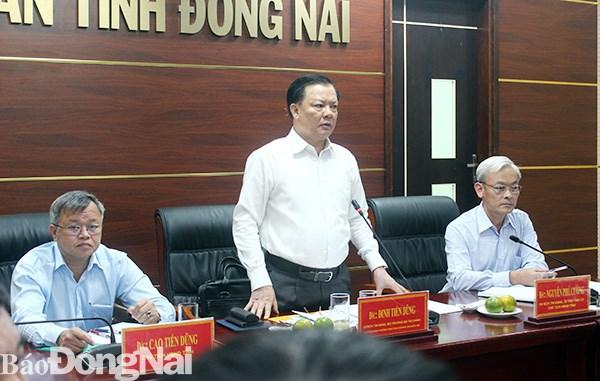 Bộ trưởng Bộ Tài chính Đinh Tiến Dũng phát biểu tại cuộc họp. Nguồn: Báo Đồng Nai