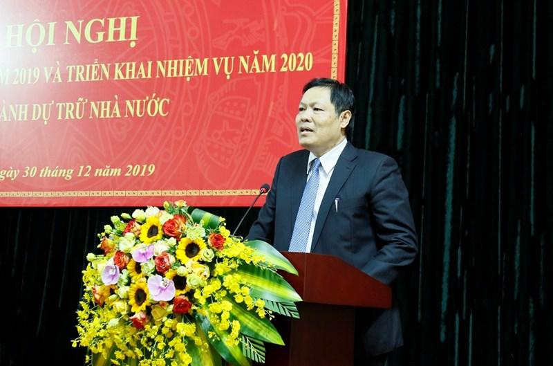 Tổng cục trưởng Tổng cục Dự trữ Nhà nước Đỗ Việt Đức thay mặt toàn thể cán bộ, công chức cơ quan Tổng cục tiếp thu ý kiến chỉ đạo của Thứ trưởng Trần Văn Hiếu.