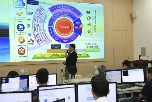 BHXH Việt Nam luôn xác định cải cách thủ tục hành chính là nhiệm vụ thường xuyên, liên tục để cắt giảm, đơn giản hóa thủ tục, đưa công nghệ thông tin vào các quy trình nghiệp vụ, rút ngắn thời gian giải quyết.