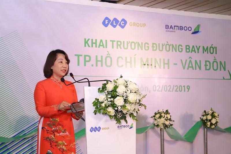 Bà Vũ Thị Thu Thủy, Phó Chủ tịch UBND tỉnh Quảng Ninh phát biểu tại lễ khai trương.