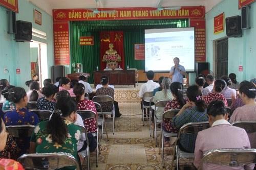 Trong 2 ngày (21 -22/5/2020), BHXH tỉnh Thái Bình đã tổ chức 3 hội nghị tư vấn, đối thoại trực tiếp về chính sách BHXH tự nguyện cho trên 600 đại biểu là nông dân, lao động tự do tại 5 xã trên địa bàn huyện Kiến Xương và Tiền Hải