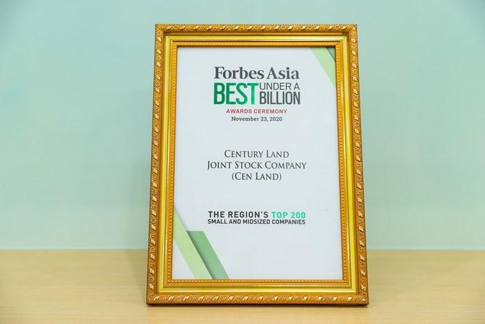 Những cống hiến của Cen Land đã được ghi nhận qua nhiều giải thưởng lớn trong nước và quốc tế.