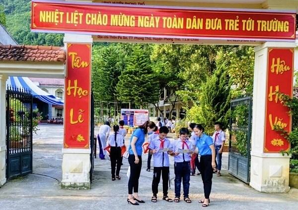 BHXH tỉnh Lai Châu đẩy mạnh truyền thông chính sách BHYT HSSV đầu năm học mới