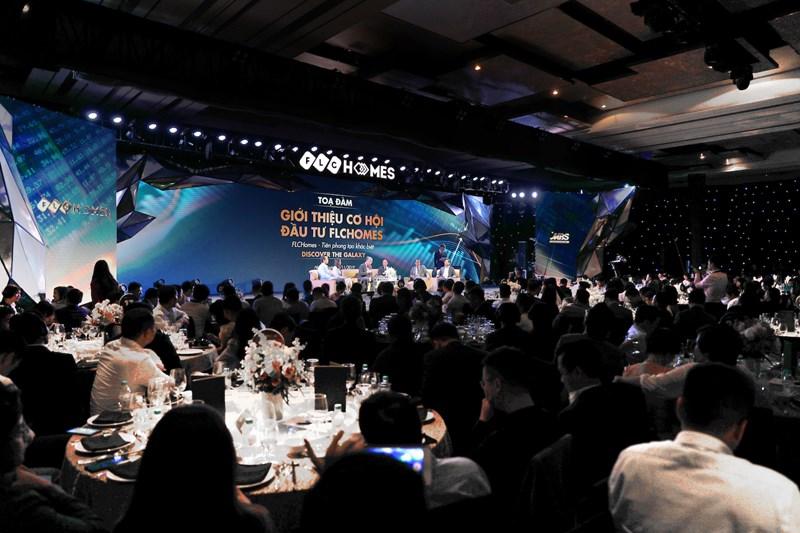 Khoảng hơn 700 khách mời tham dự Lễ ra mắt và giới thiệu cơ hội đầu tư FLCHomes.