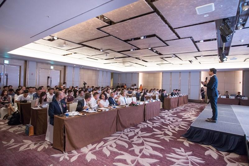 Toàn cảnh Hội thảo giới thiệu cơ hội đầu tư của CENLAND tại Hà Nội, ngày 5/7/2018.