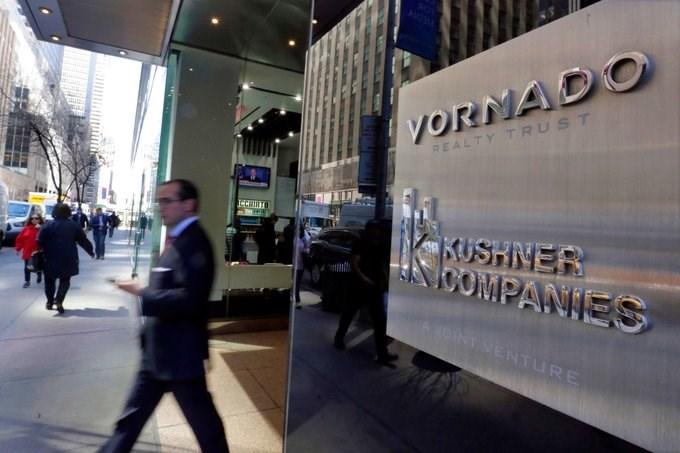 Tài sản của Jared chủ yếu đến từ Kushner Companies - một doanh nghiệp đầu tư bất động sản hoạt động khắp New York và bên ngoài. Tập đoàn này đã tham gia các thương vụ thâu tóm khoảng 7 tỷ USD trong thập kỷ qua. Ảnh: Richard Drew/AP