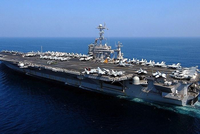 Thậm chí chưa cần dùng đòn hạt nhân, nếu Trung Quốc tấn công tàu sân bay Mỹ bằng máy bay hay tên lửa thì Mỹ hoàn toàn đủ sức san phẳng tất cả những nơi xuất phát các vũ khí đó.