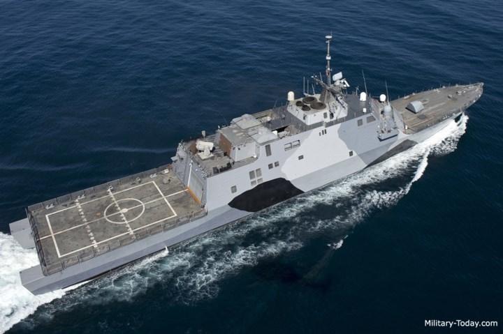 USS Freedom còn có hệ thống dữ liệu chiến đấu COMBATSS-21, hệ thống chiến tranh điện tử Argon ST WBR-2000 và hệ thống mồi bẫy hồng ngoại Terma A/S SKWS. Ảnh: Military-Today.