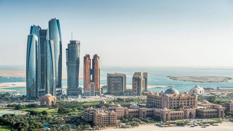 Các công trình cao tầng của Abu Dhabi đem tới sự ấn tượng bởi nét hiện đại và độc đáo.Đại
