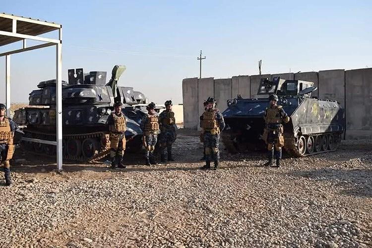 Ngoài xe tăng chiến đấu chủ lực T-72, Cảnh sát Iraq còn được biên chế cả xe thiết giáp chở quân M113 cùng với pháo phòng không tự hành ZSU-23-4, vũ khí này sẽ được sử dụng cho vai trò yểm trợ hỏa lực.