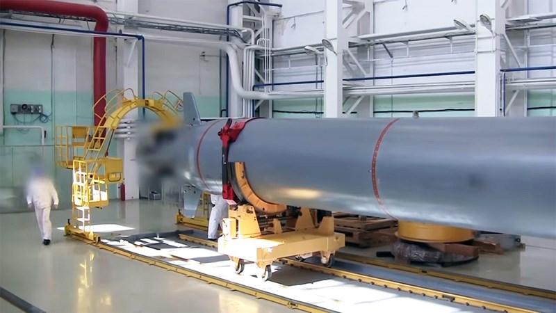 Mọi thông số thiết kế bao gồm tầm bắn không giới hạn và vận tốc di chuyển cực nhanh lên tới 200 km/h của ngư lôi hạt nhân Poseidon đều được kiểm nghiệm trong thực tế.