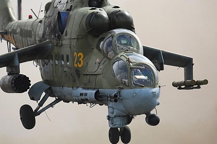 """Trực thăng """"cá sấu"""" Mi-24 đã tham gia tới 13 cuộc xung đột quân sự. Có tới 45 quân đội sử dụng loại trực thăng này."""