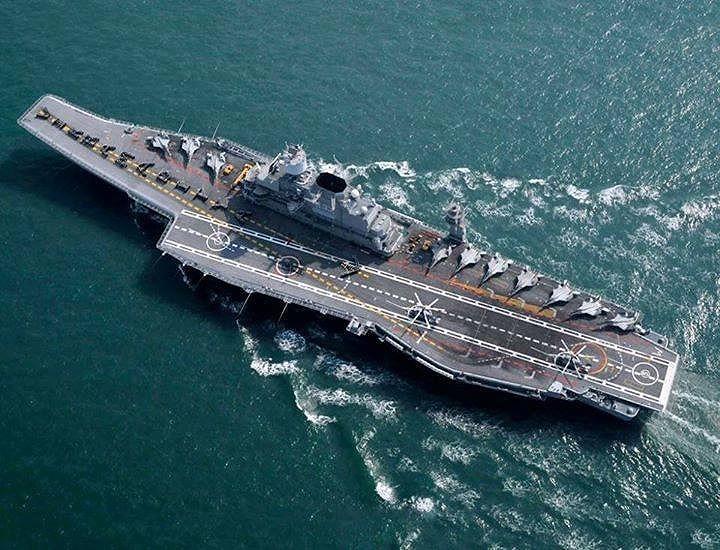 Năm 2008, phía Nga quyết định nâng giá sửa chữa tàu lên 1,5 tỷ USD, dẫn tới việc hai bên phát sinh những cuộc tranh cãi kịch liệt, vì thế công cuộc hiện đại hóa chiếc chiến hạm này phải dừng lại.