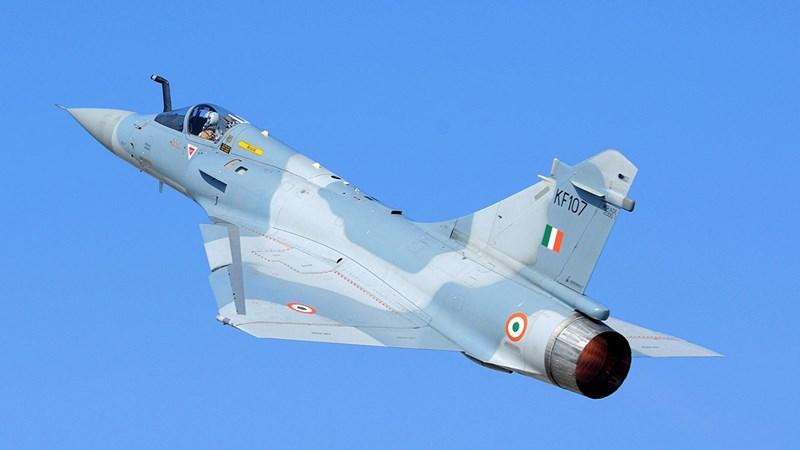 Đáng tiếc rằng lần này Không quân Pakistan (PAF) đã có sự chuẩn bị sẵn, họ bố trí một tốp chiến đấu cơ hạng nhẹ nội địa JF-17 Thunder để đánh chặn nhóm Mirage 2000H trên.