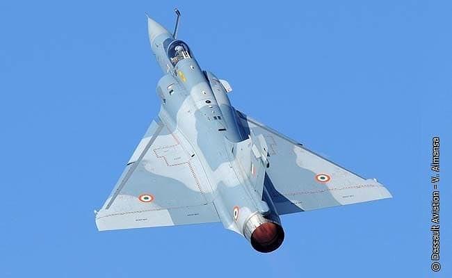 Tuy nhiên bên cạnh đó cũng có luồng ý kiến khác cho rằng bằng chứng mà phía Pakistan đưa ra quá mơ hồ, khi mảnh vỡ rất nhỏ và chưa đủ căn cứ để cho rằng của Mirage 2000.