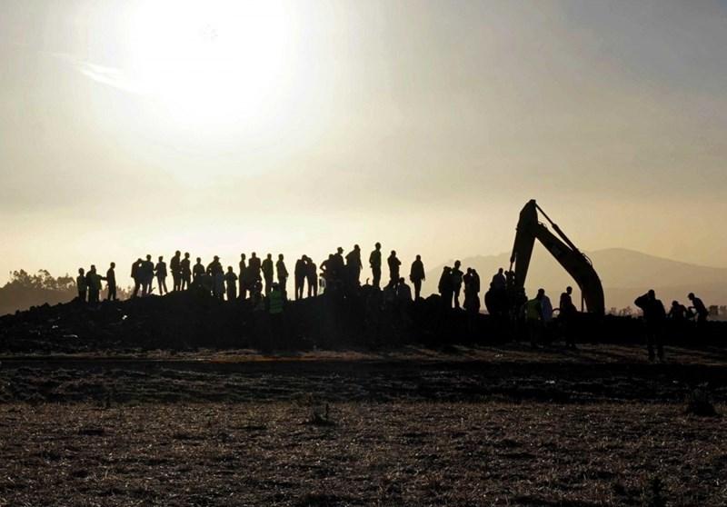 Những nố lực cứu hộ tại hiện trường. Ảnh Jemal Countess/Getty Images