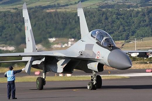 Quan hệ Ấn Độ - Pakistan trở nên căng thẳng từ cuối tháng 2, khi không quân Ấn Độ ném bom trại huấn luyện một tổ chức khủng bố trong khu vực do Pakistan kiểm soát ở Kashmir.