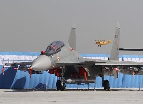 Việc chính quyền Pakistan không mở cửa không phận dọc biên giới Ấn Độ sau khi phong tỏa khu vực này từ cuối tháng 2 là một dấu hiệu cho thấy không quân Pakistan vẫn đang trong tình trạng sẵn sàng chiến đấu.