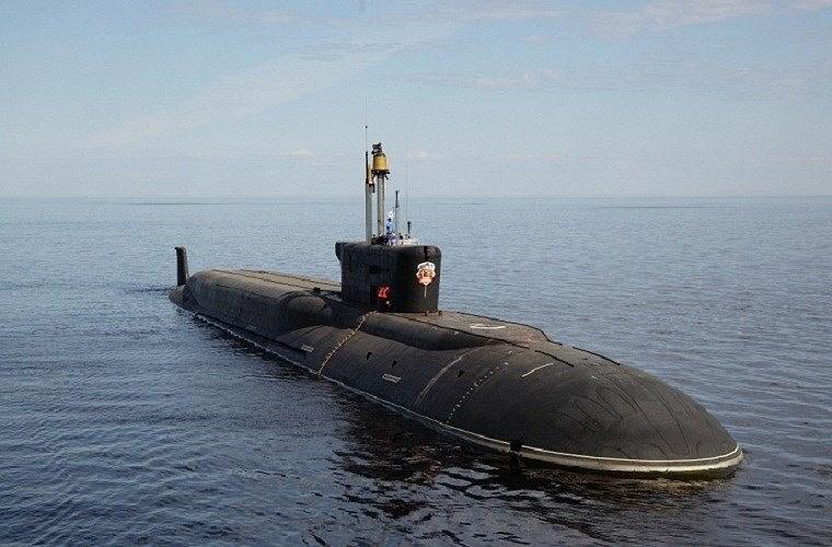 Tuy vậy phương Tây cho rằng những tàu ngầm thuộc đề án này sẽ mang ngư lôi chiến lược không người lái sử dụng lò phản ứng hạt nhân làm động cơ, sở hữu tầm bắn đặc biệt, có trí tuệ nhân tạo và đầu đạn hạt nhân 100 megaton.