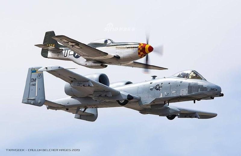 Chiến công lớn nhất của chiếc A-10 chính là tại Chiến tranh Vùng Vịnh, khi nó được ghi nhận là tác giả đã bắn hạ hàng ngàn xe tăng, thiết giáp và xe tải các loại của Quân đội Iraq.