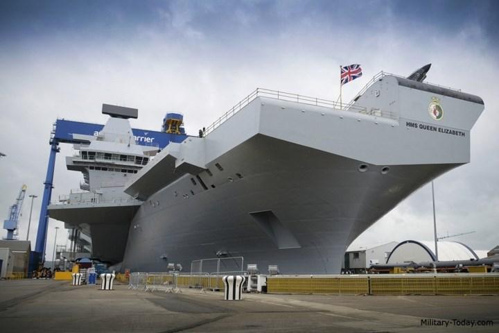 Tàu được trang bị 2 động cơ tuabin khí và 2 động cơ diesel với tổng công suất 61.687 mã lực. Ảnh: Military-Today.