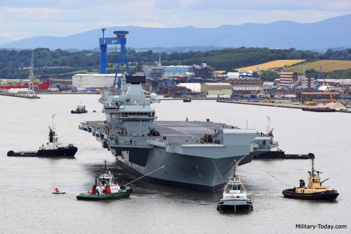 Cảm biến chính của tàu là radar quét mạng pha điện tử thụ động S1850M có khả năng theo dõi 1.000 mục tiêu ở cự ly 400 km. Ảnh: Military-Today.