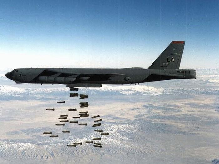 Ông Stoltenberg không đề cập đến máy bay ném bom B-52 của Mỹ, nhưng phương tiện này thực sự là một cách để NATO cho Moskva thấy rằng vũ khí hạt nhân có thể được đưa đến gần biên giới Nga.